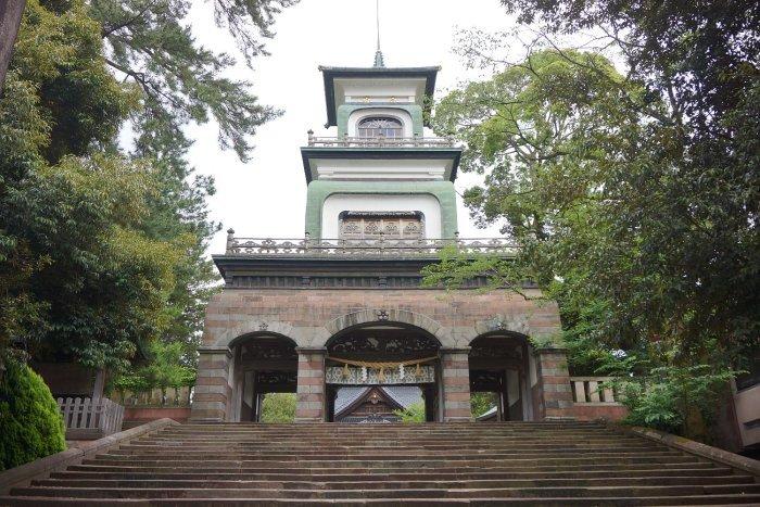 尾山神社_c0112559_08440252.jpg