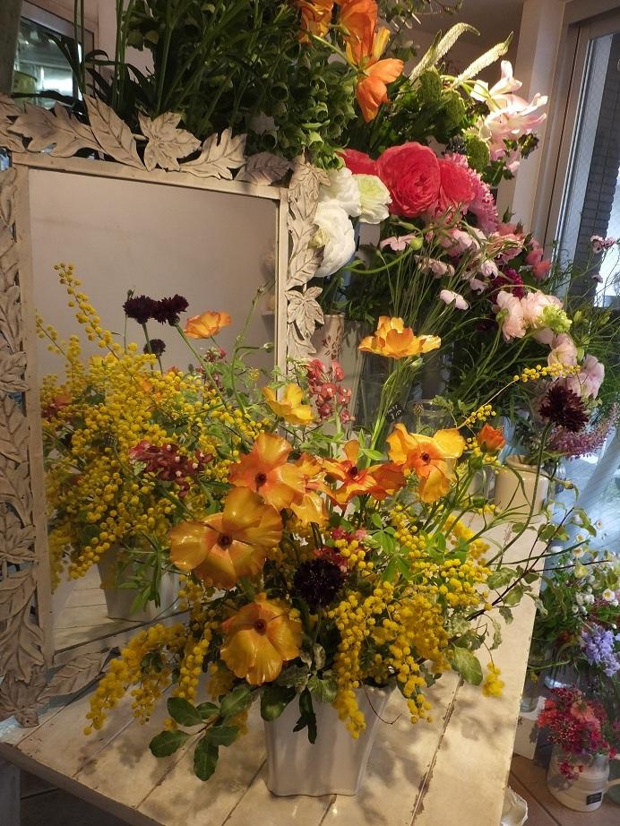 オークリーフ花の教室(小川さんの作品)_f0049672_18443524.jpg