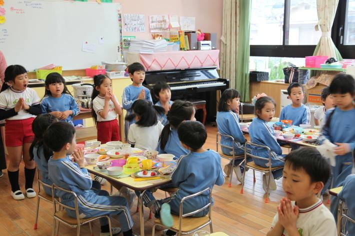 最後の幼稚園_b0277979_18410957.jpg