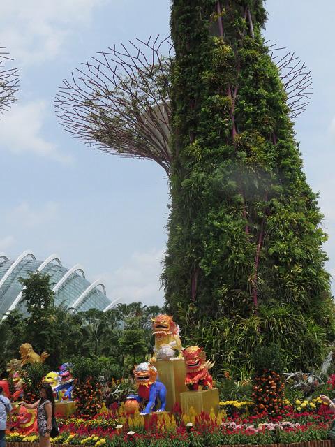 ガーデンズ・バイ・ザ・ベイ ~シンガポール植物園~_f0346196_13353586.jpg
