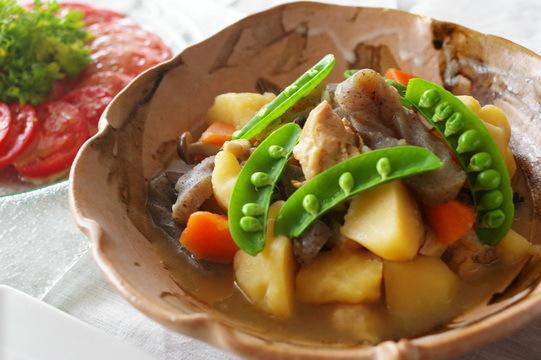 今日の夕食:肉じゃが_d0327373_17014437.jpg