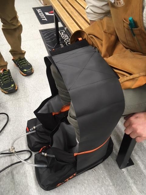 世界初!熱成型できる登山靴_d0198793_11294704.jpeg