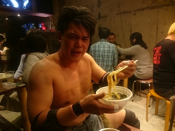 3.21 BARでプロレス 葛西純 vs 杉浦透 @ぞうさん食堂(日野市JR豊田駅近く)_b0042308_11422932.jpg