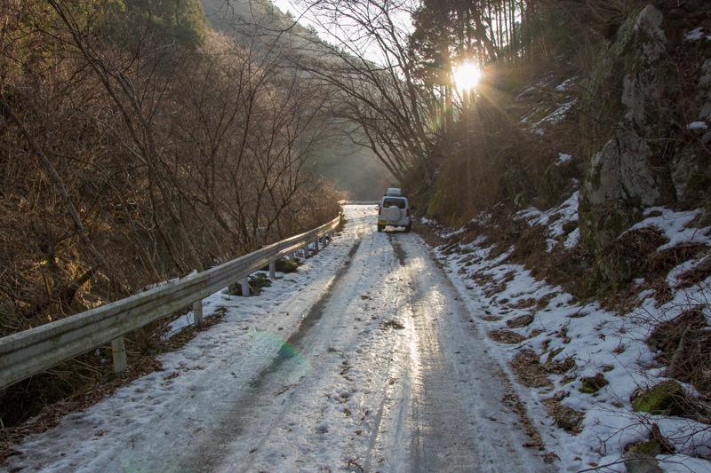 早春の台高山系 明神平・薊岳_b0244811_20512390.jpg