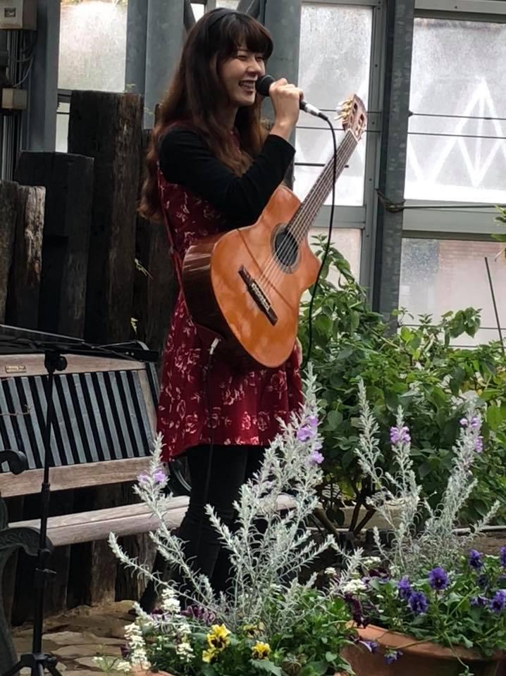 農業文化園戸田川緑地さくらまつり温室ギターコンサート2018_f0373339_16303207.jpg