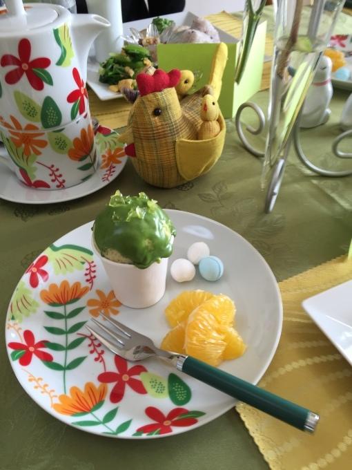 鶏も遊ぶ菜の花畑_a0125981_20313055.jpg