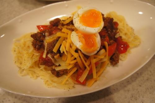 【ひき肉とパプリカのトマトソースパスタ (レシピ)】_f0215714_16425031.jpg