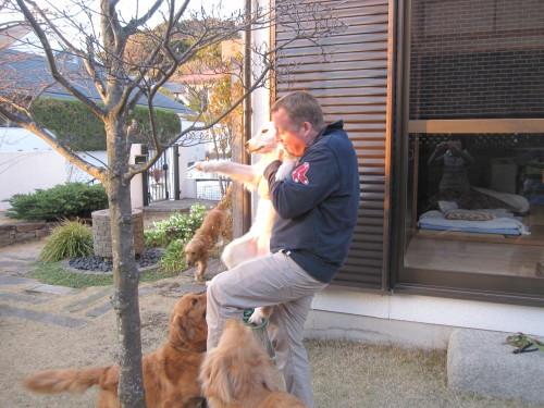 ゴーちゃんとあっちゃんとジョジョさん_e0350927_09551538.jpg