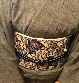 ご来店のお客様・紬の着物に紅型帯・今日も桜の着物と帯_f0181251_1844065.jpg