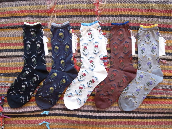 ANTIPAST CARNATION SOCKS_f0111683_13371580.jpg
