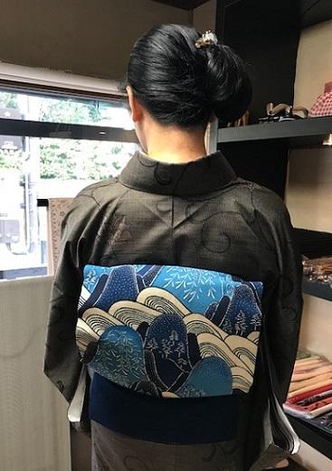 青森からのお客様・伊織紬+五味桂子さん遠山文様紅型帯_f0181251_13561182.jpg