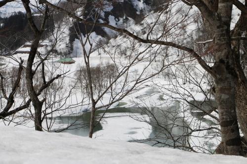 白川湖畔&飯豊山風景:春分・4, 2018.3.21_c0075701_17352925.jpg