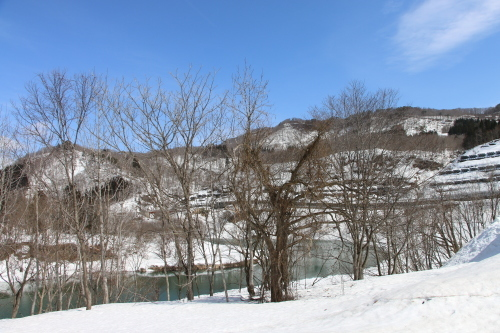 白川湖畔&飯豊山風景:春分・4, 2018.3.21_c0075701_17360240.jpg