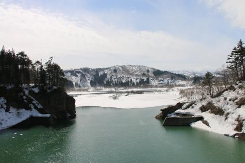 白川湖畔&飯豊山風景:春分・4, 2018.3.21_c0075701_17361511.jpg