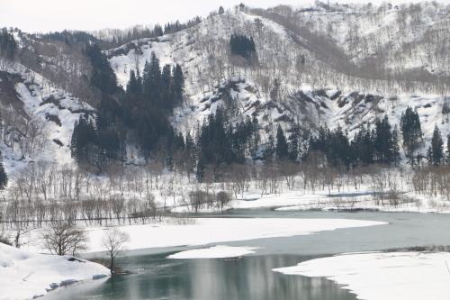 白川湖畔&飯豊山風景:春分・5, 2018.3.21_c0075701_17445736.jpg
