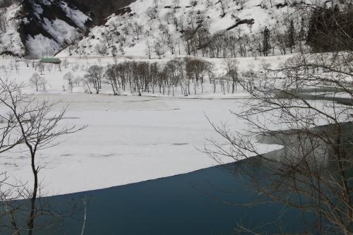 白川湖畔&飯豊山風景:春分・6, 2018.3.21_c0075701_17512049.jpg