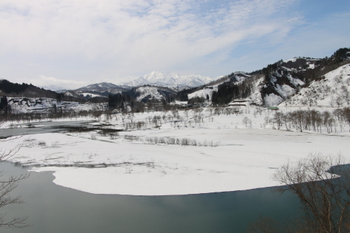 白川湖畔&飯豊山風景:春分・6, 2018.3.21_c0075701_17523391.jpg