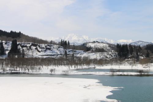 白川湖畔&飯豊山風景:春分・7, 2018.3.21_c0075701_17582713.jpg