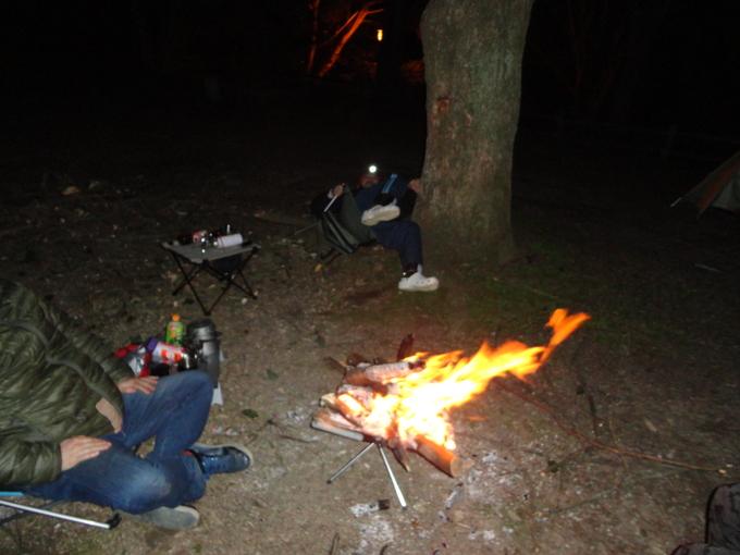 寒さも緩んだバイクでキャンプ_f0061705_14333433.jpg