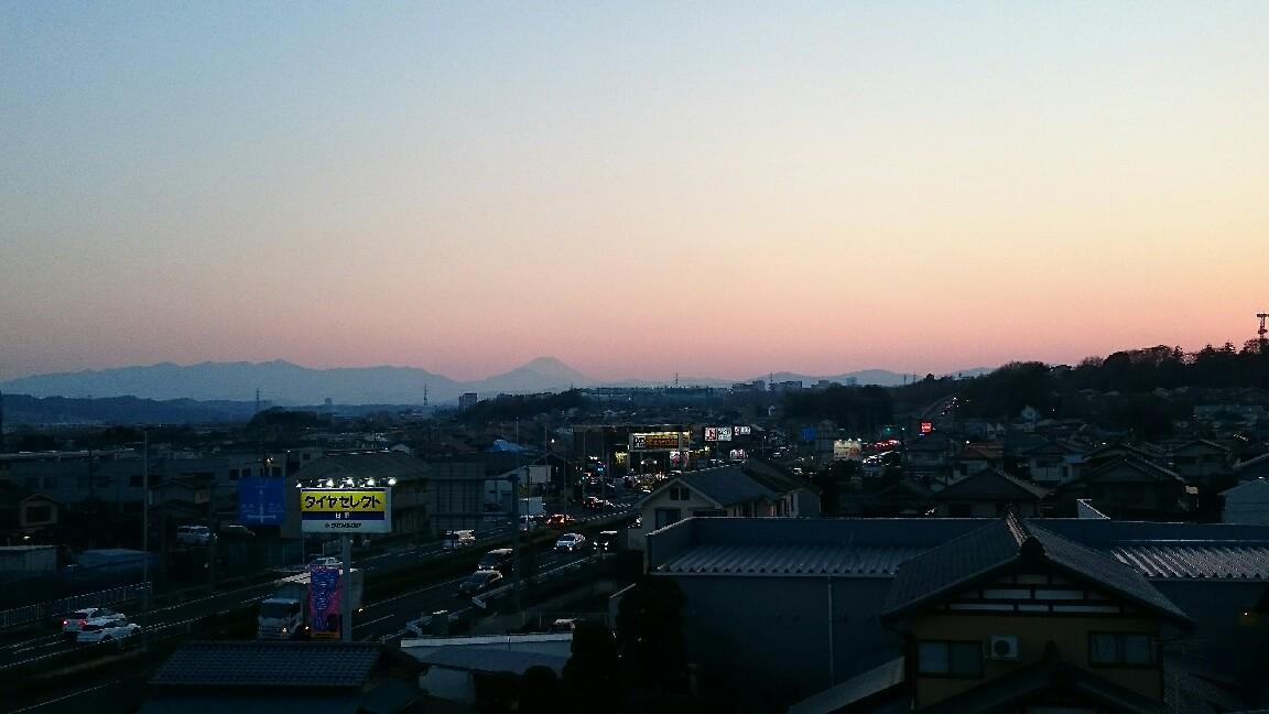3/25  今日の夕暮れ富士山_b0042308_18105699.jpg