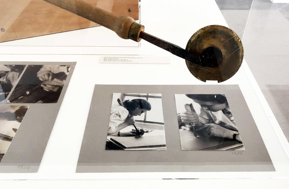 グドルン・ツァップさんの展覧会、ダルムシュタットで4月15日まで_e0175918_23111493.jpg