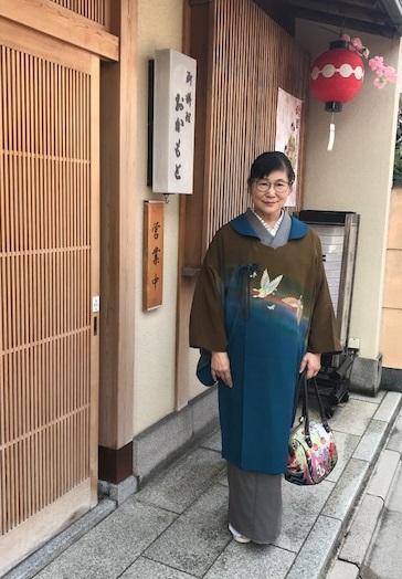 北野をどりのお客様・作家さんの素敵なコート・桜も開花_f0181251_20515320.jpg