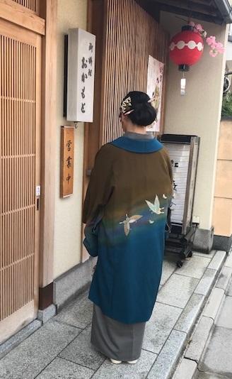 北野をどりのお客様・作家さんの素敵なコート・桜も開花_f0181251_20523950.jpg