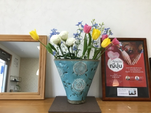 おもてなしのお花たち_e0190287_13300544.jpg