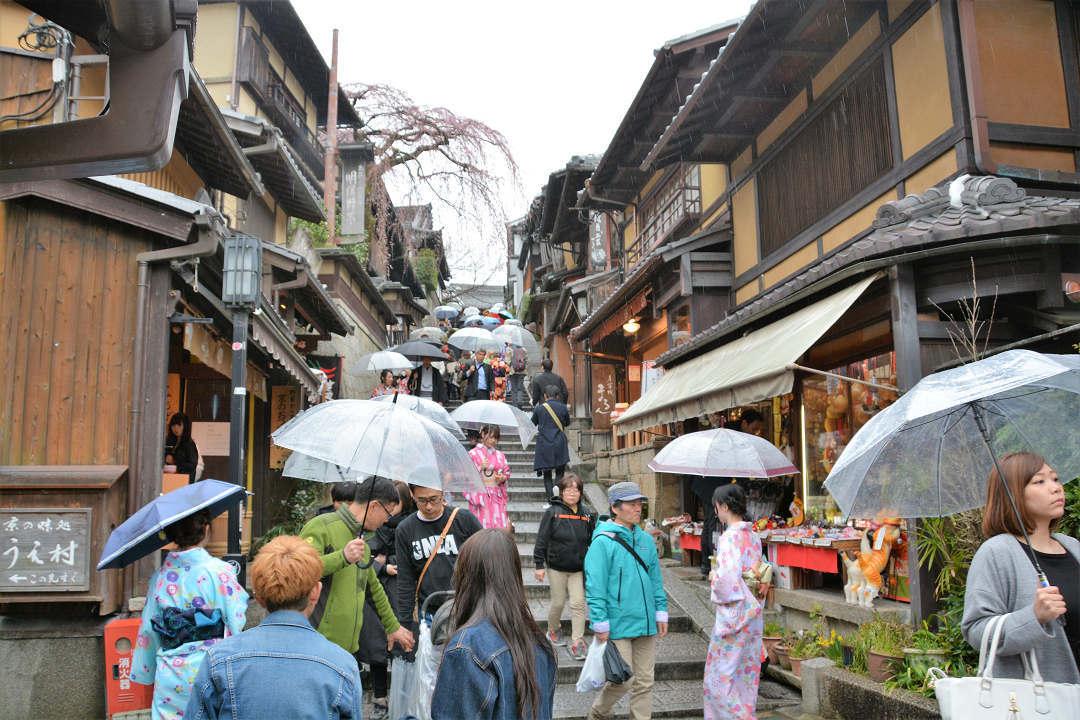 京都を歩く(9)八坂神社から清水寺へ_a0148206_09400617.jpg