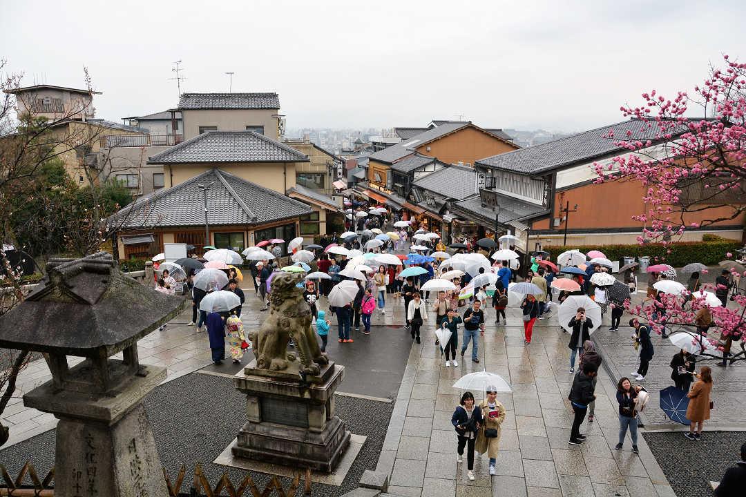 京都を歩く(9)八坂神社から清水寺へ_a0148206_09400657.jpg