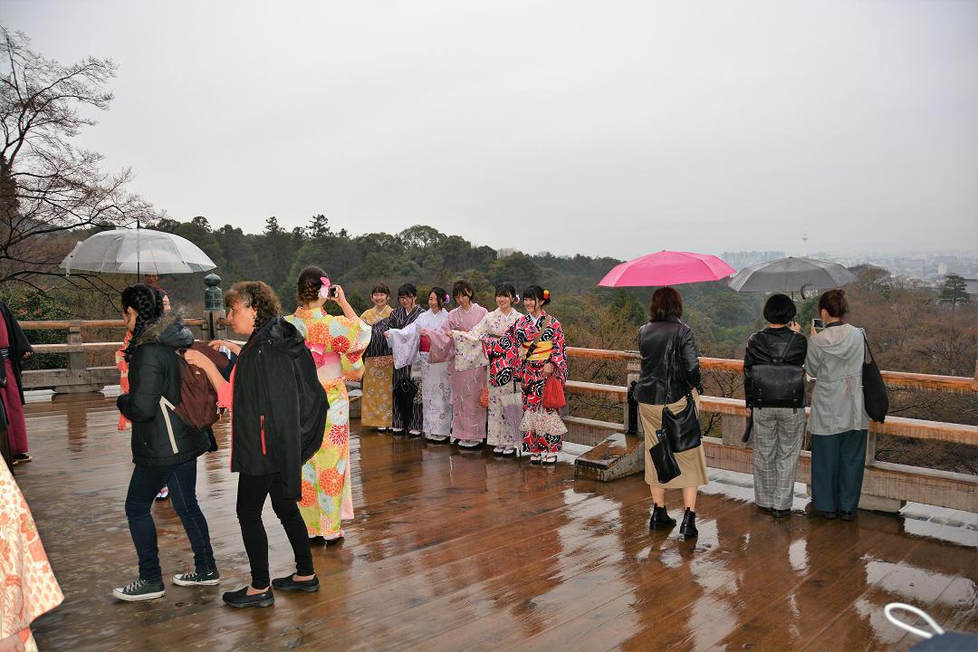 京都を歩く(9)八坂神社から清水寺へ_a0148206_09400861.jpg
