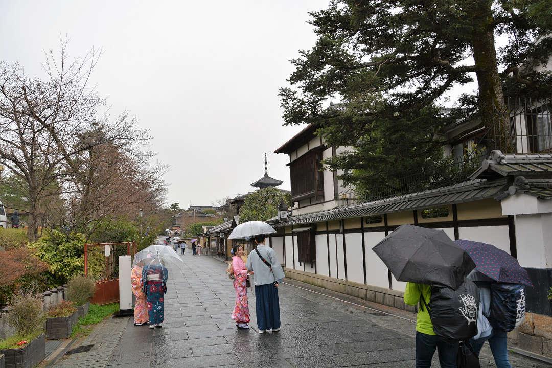 京都を歩く(9)八坂神社から清水寺へ_a0148206_09503845.jpg