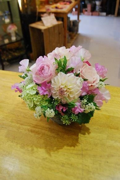 花贈りのお手伝いいたします。_a0201358_18313182.jpg