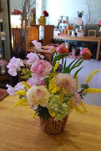 花贈りのお手伝いいたします。_a0201358_18315505.jpg