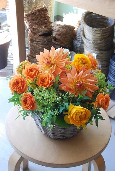 花贈りのお手伝いいたします。_a0201358_18321504.jpg