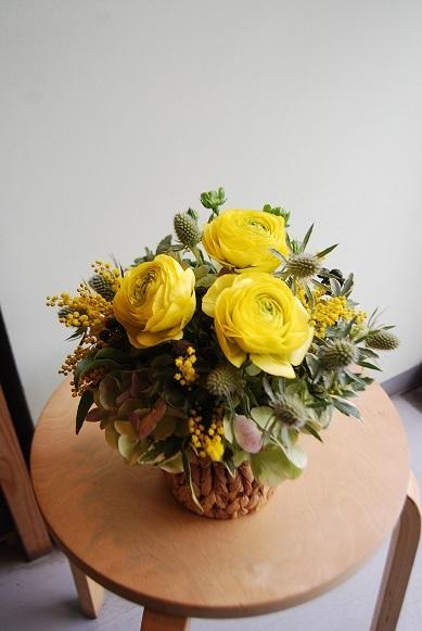 花贈りのお手伝いいたします。_a0201358_18323603.jpg