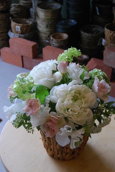 花贈りのお手伝いいたします。_a0201358_18324728.jpg