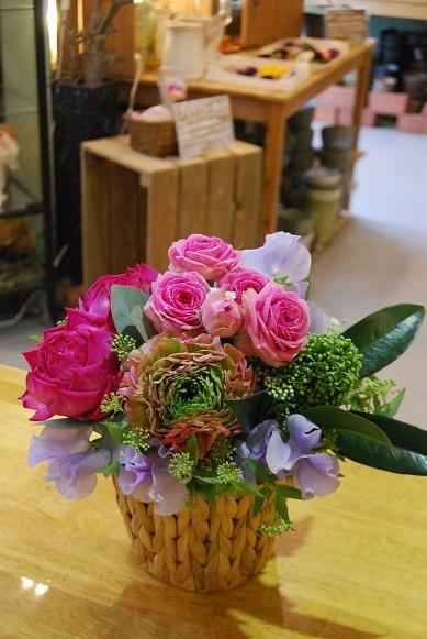 花贈りのお手伝いいたします。_a0201358_18330593.jpg