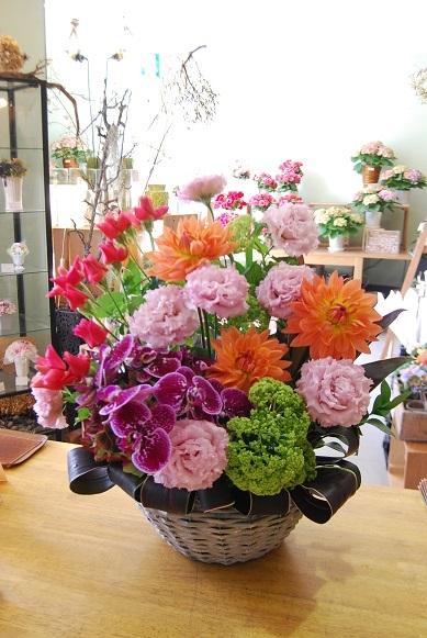 花贈りのお手伝いいたします。_a0201358_18334885.jpg