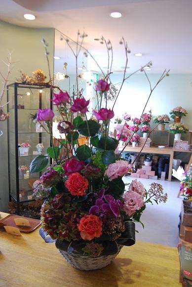 花贈りのお手伝いいたします。_a0201358_18340369.jpg