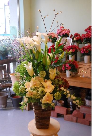 花贈りのお手伝いいたします。_a0201358_18343026.jpg