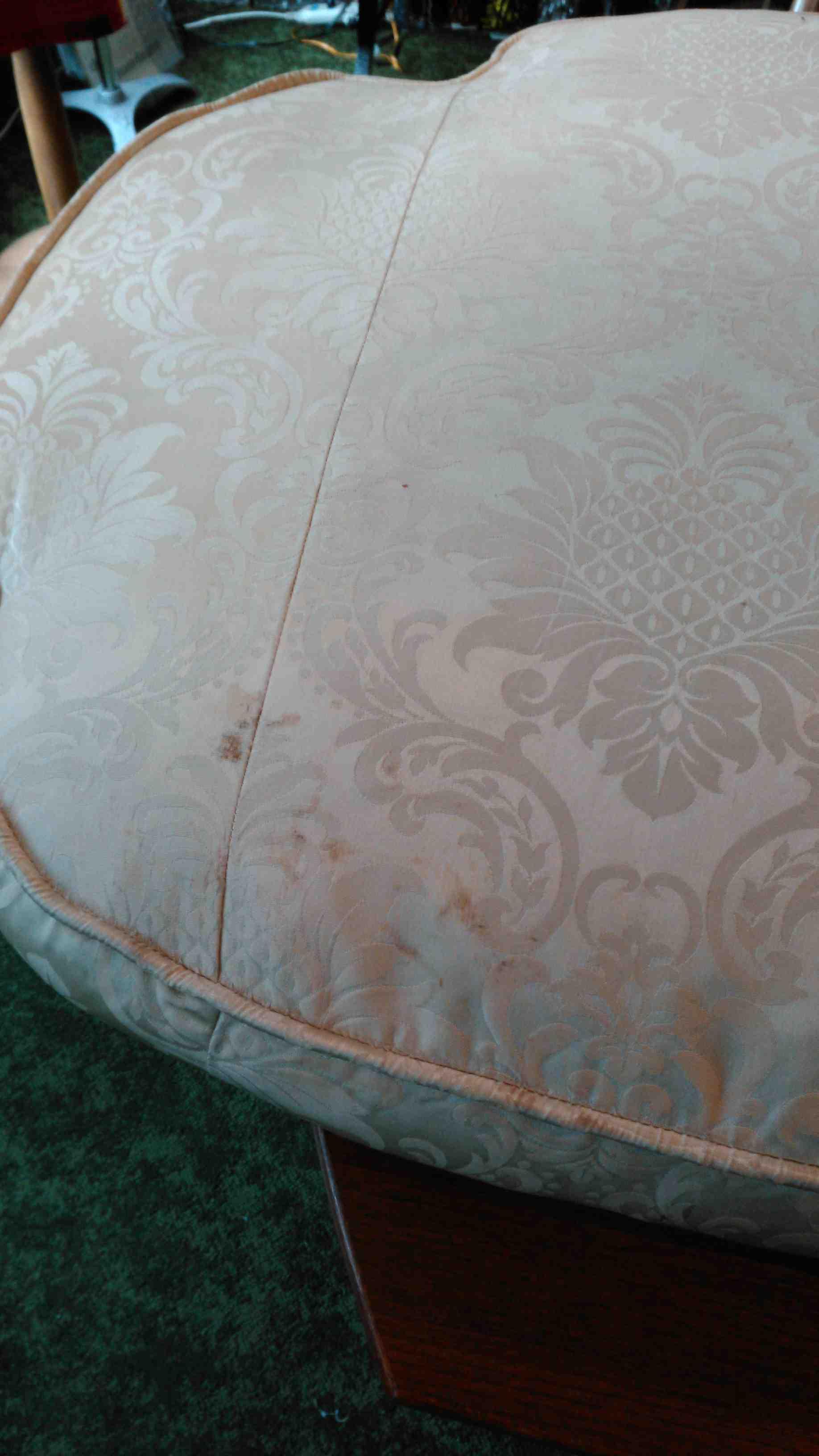 ソファと椅子のクッションクリーニング_c0157866_19483524.jpg