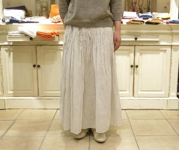 maison de soil から、ボイルチェック生地のピンタックドレスが届いてます。_c0227633_17351767.jpg
