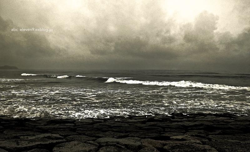 波の音 つづき_f0315034_16321490.jpg