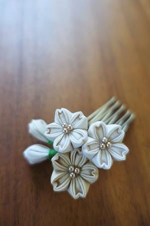桜の花のミニコーム。_e0168583_14211510.jpg