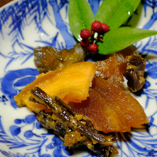 「新潟・南魚沼 口の中でほどける食感たのしい今成漬物店の山家漬」_a0000029_11014263.jpg