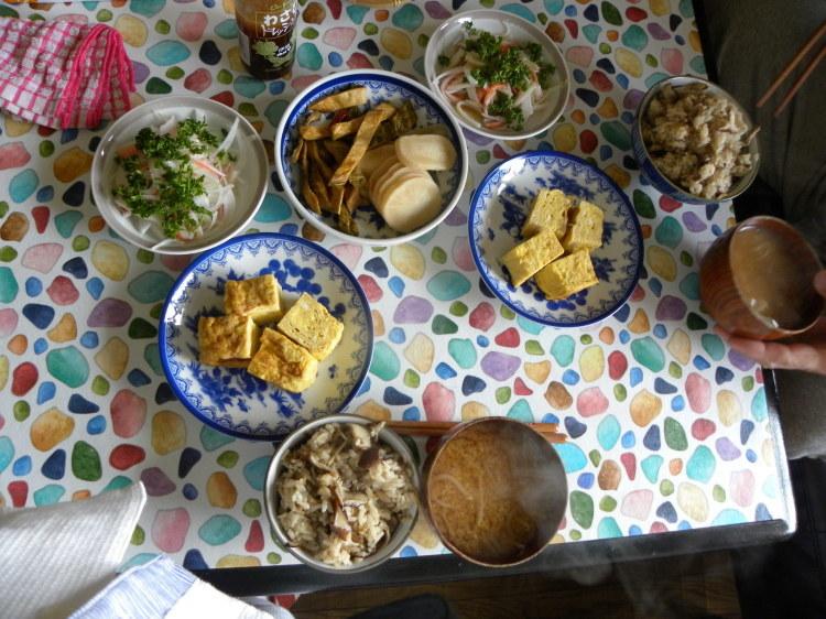 椎茸の炊き込みご飯定食_c0162773_11260139.jpg