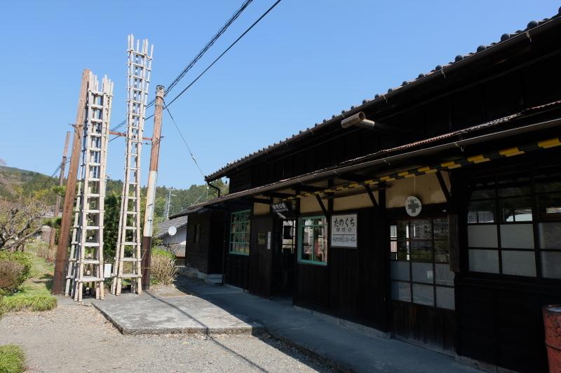 田野口駅_c0054876_13452663.jpg