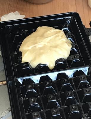 パン教室で「いちご酵母のリエージュワッフルと、パンに合うおかず」_a0165538_08520091.jpg