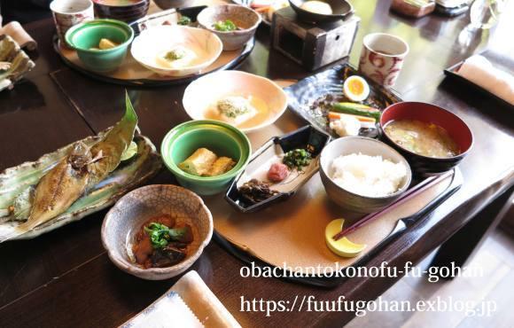 昨日のお土産弁当&お宿の朝ごはん_c0326245_12154887.jpg
